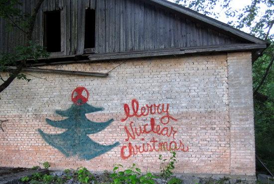 En fin julhälsning nere vid Paldiski hamn. Paldiski har varit en hemlig atomubåtsbas.