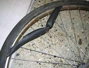 byta däck på cykel med navväxel