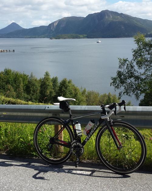 På östra sidan av Otrøya under vår Norgesemester.