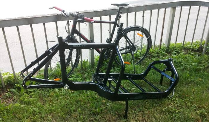 Var rätt spännande att cykla hem från affären med en Bullitt-ram på axeln...